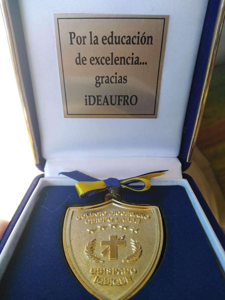 medalla obispo labbe 2